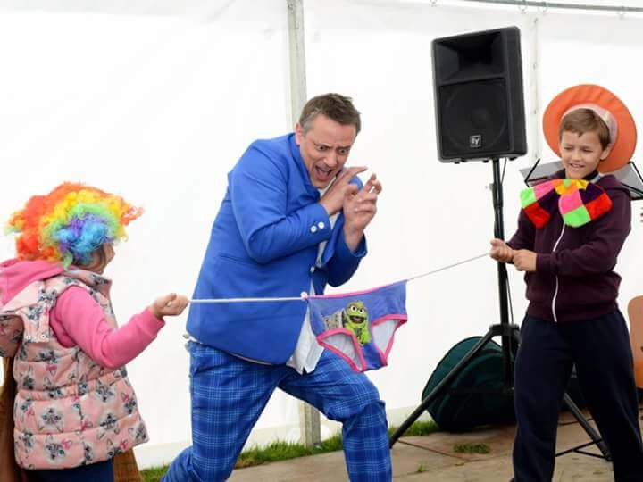 childrens entertainers in northern ireland